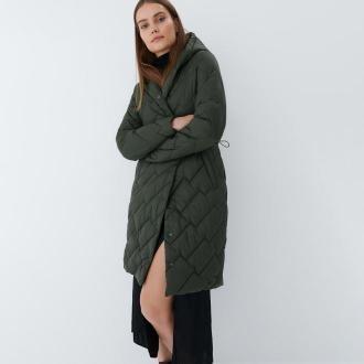 Mohito - Pikowany płaszcz Eco Aware - Khaki
