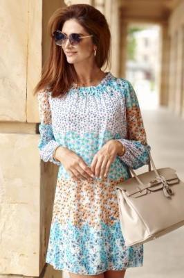Trapezowa sukienka z wiązanym dekoltem niebieska 6946