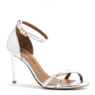 Srebrne skórzane sandały na obcasie z paskami 04S1