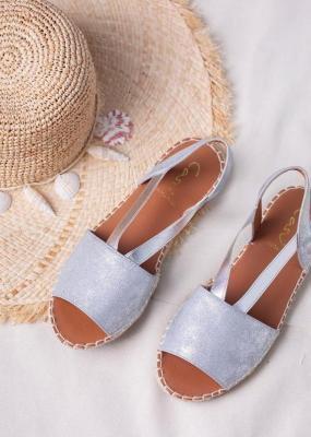 Srebrne sandały espadryle błyszczące płaskie z gumką