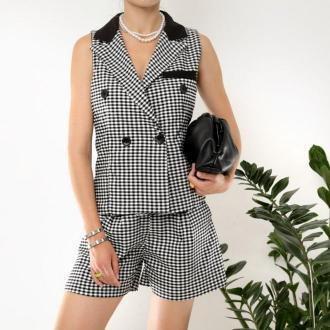 Czarny damski garnitur w kratkę - Odzież