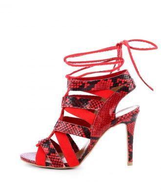 Czerwone sandały na szpilce z motywem skóry wężowej PUNTONE