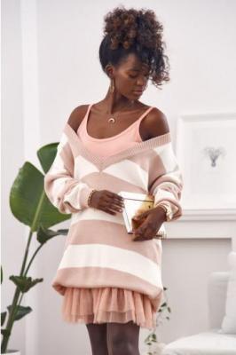 Sweter w paski oversize różowy 3211005