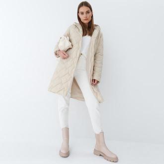 Mohito - Pikowany płaszcz Eco Aware - Beżowy