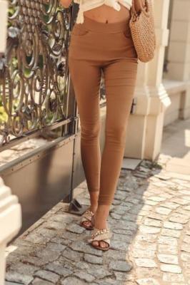 Spodnie legginsy z gumką w pasie karmelowe 5500