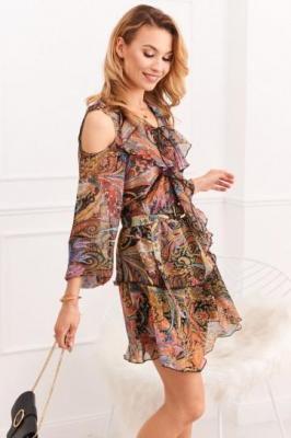 Zwiewna sukienka z wycięciami na ramionach wielokolorowa 0486