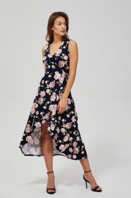 Sukienka z wiązaniem na boku
