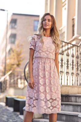 Różowa Koronkowa Rozkloszowana Midi Sukienka z Krótkim Rękawem