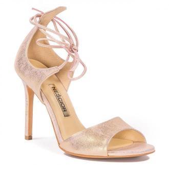 Perłowo-różowe skórzane szpilki sandały wiązane wokół kostki 103L