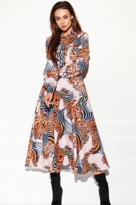 Dłuższa koszulowa sukienka szmizjerka w stylu BOHO