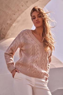 Sweter z Dekoltem w Serek - Pudrowy