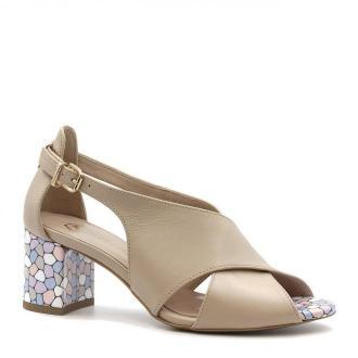 Pudrowo różowe skórzane sandały na ozdobnym niskim słupku 23A
