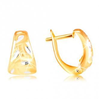 Złote 14K kolczyki - matowy zaokrąglony trójkąt z liśćmi z białego złota