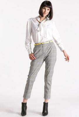 Wizytowe spodnie w kratkę