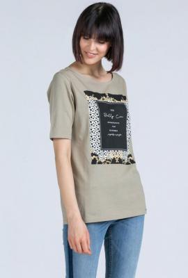 T-shirt z ozdobnym nadrukiem