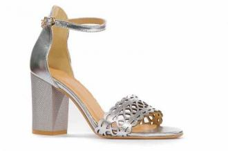 Srebrne sandały na słupku 8 cm