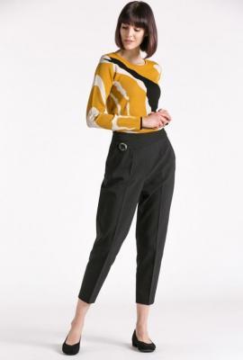 Wizytowe spodnie w kant z ozdobnym karczkiem