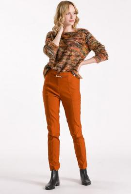 Spodnie z ozdobną klamerką