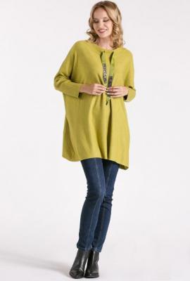 Sweter z ozdobionymi ściągaczami