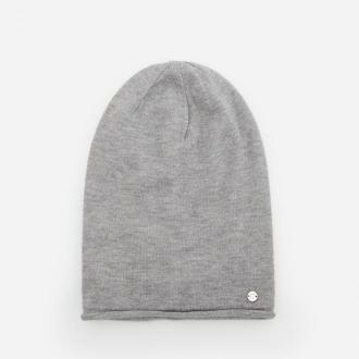 Reserved - Melanżowa czapka z ozdobnym serduszkiem - Jasny szary