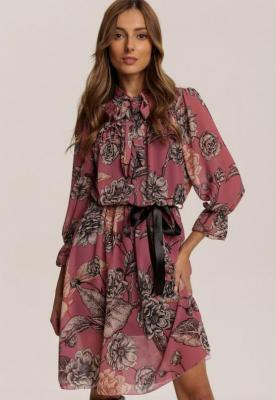 Różowa Sukienka Zarinnara