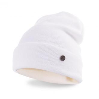 Modna czapka damska