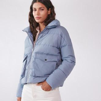 Sinsay - Pikowana kurtka z wysoką stójką - Niebieski