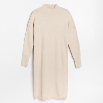 Reserved - Dzianinowa sukienka z półgolfem - Kremowy