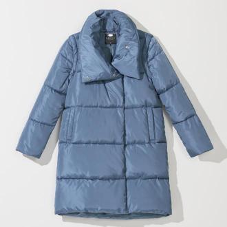 Mohito - Pikowany płaszcz z odpinanymi rękawami - Niebieski