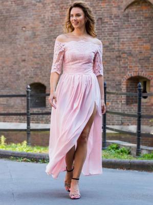 Sukienka long z efektownym rozcięciem MARGO rozkloszowana ekskluzywna puder róż