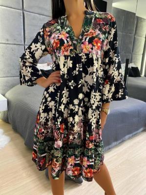 Czarna Sukienka z Motywem Roślinnym 5036-300-B