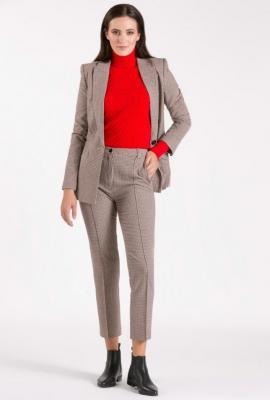 Spodnie materiałowe z ozdobnymi przeszyciami