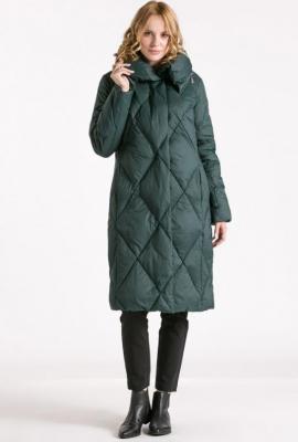 Pikowany płaszcz damski w romby