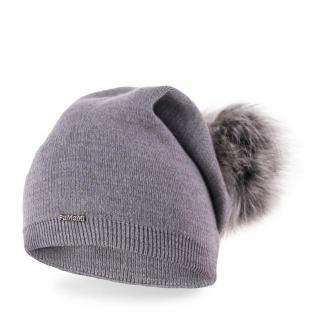 Przedłużana czapka damska z pomponem