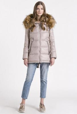 Pikowana kurtka z futerkiem