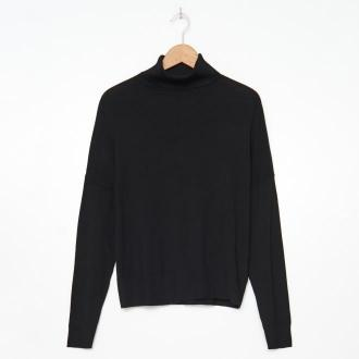 House - Wiskozowy sweter z golfem - Czarny