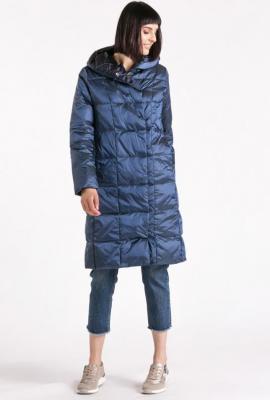 Pikowany płaszcz do kolan