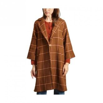 Veezy checked coat