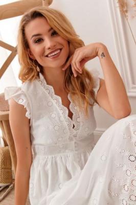 Zwiewna sukienka w haftowane wzory kremowa 8123