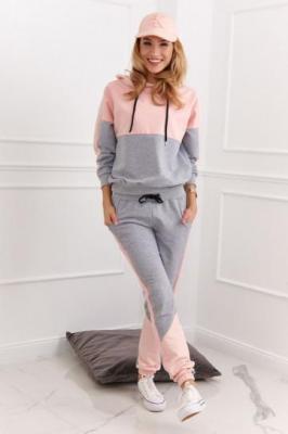 Sportowy komplet damski bluza i spodnie różowy 11140
