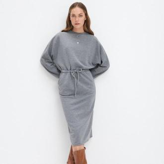 Mohito - Dresowa sukienka z kieszeniami - Szary
