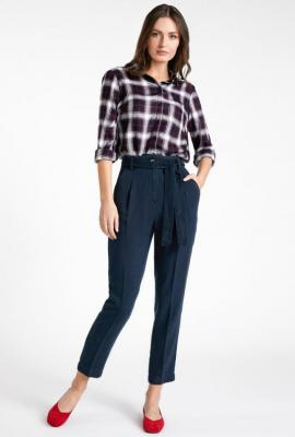 Eleganckie spodnie o kroju paper bag