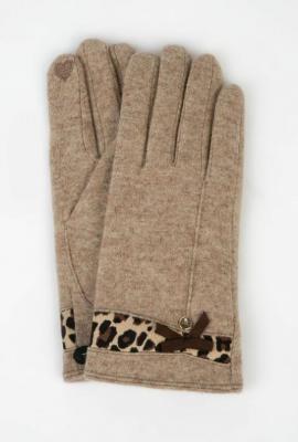 Wełniane rękawiczki z ozdobną wstawką