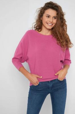Nietoperzowy sweter