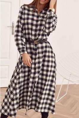 Długa sukienka w kratkę zapinana na guziki czarno-biała 31636