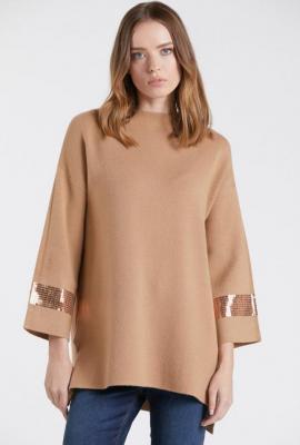 Sweter z cekinami na rękawach