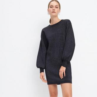 Mohito - Swetrowa sukienka z metalizowaną nicią - Czarny