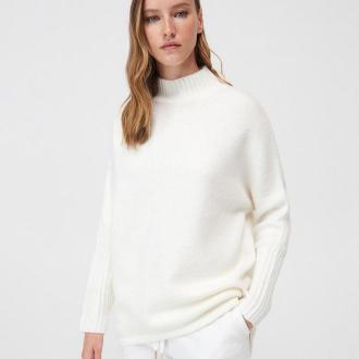 Mohito - Dzianinowy sweter z półgolfem - Kremowy