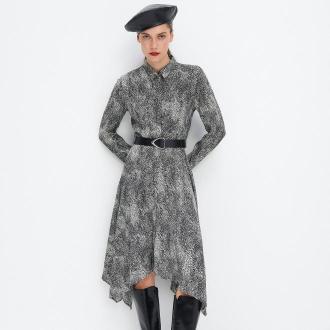 Mohito - Koszulowa sukienka midi z paskiem - Czarny