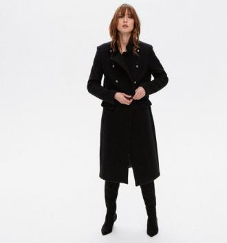 Wełniany płaszcz